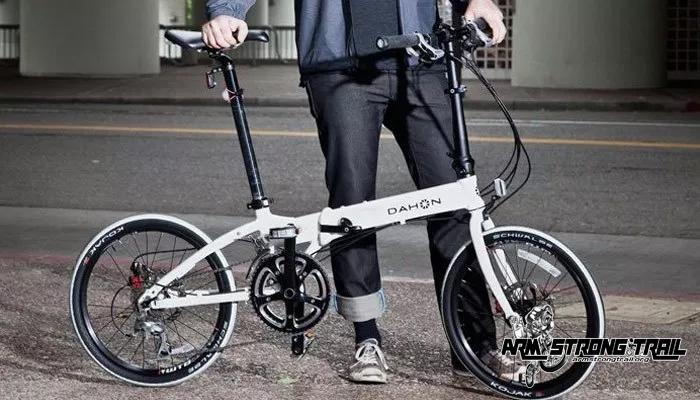 จักรยานพับได้ พาหนะที่เหมาะสำหรับคนเมือง