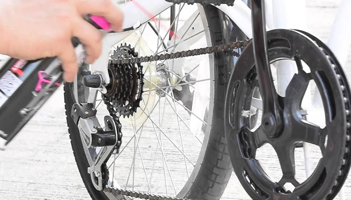 อุปกรณ์ล้างโซ่รถจักรยาน