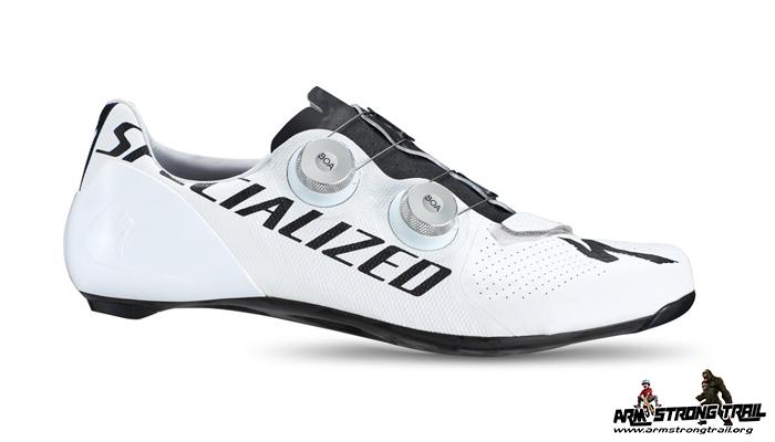 รองเท้าโปรดัง ที่ใส่แข่งใน ตูร์ เดอ ฟรองซ์ 2020